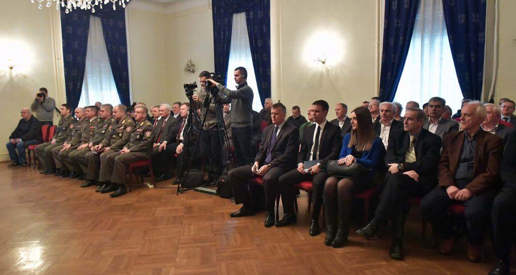 Стефановић и Вулин разговарали са представницима удружења пензионера